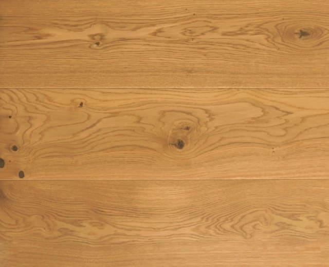 Rustic Oak 191mm Natural Lacquered Engineered Hardwood Flooring