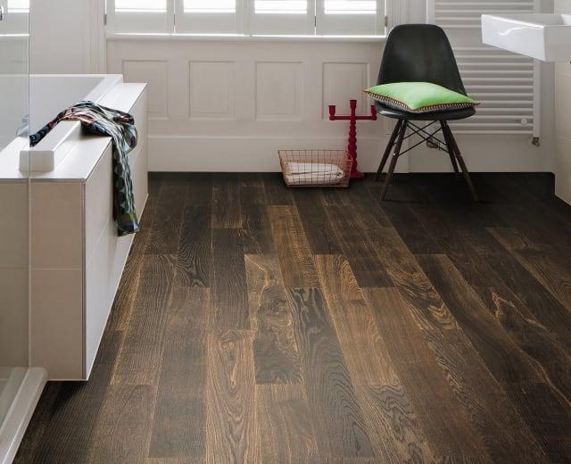 Bath with wooden floor