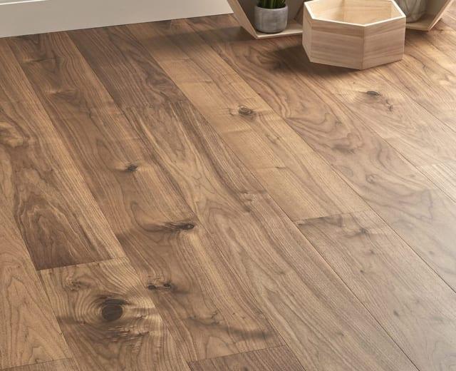Natural Walnut 189mm Engineered Hardwood Flooring