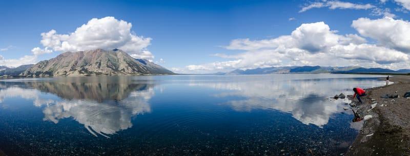panorama of kluane lake