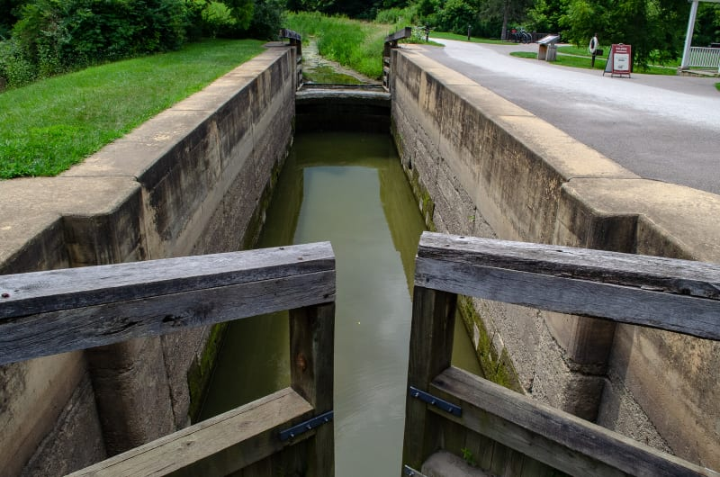 a lock from the ohio and erie canal