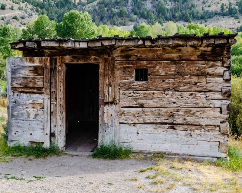 the first jail cell in montana