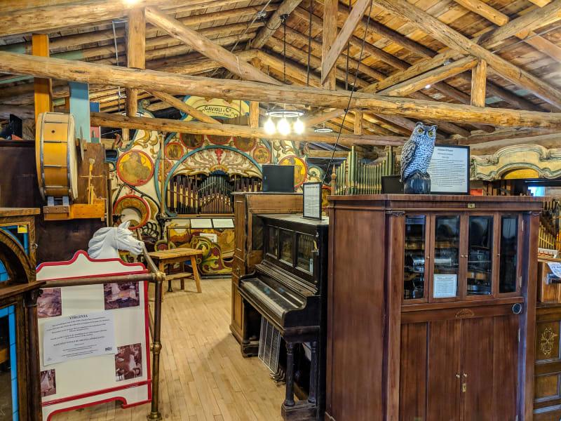 music machines at the nevada city music hall