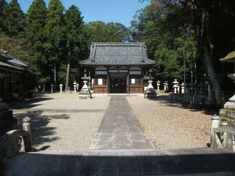 ajiki_shrine_2.jpg