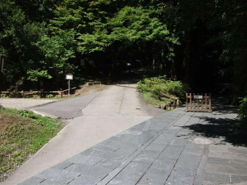 anrakuji_temple_2.jpg