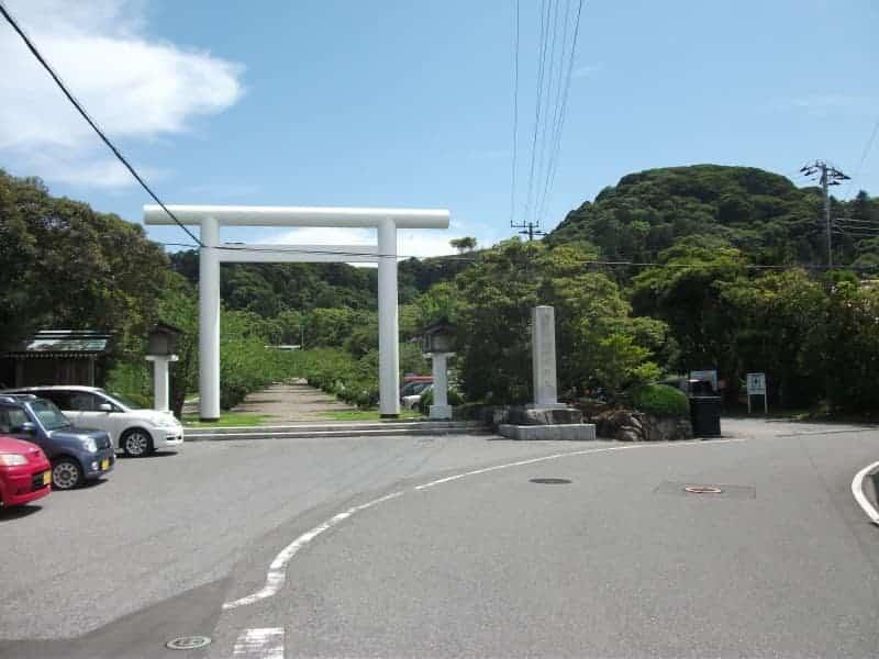 awa_shrine(Chiba)_1.jpg