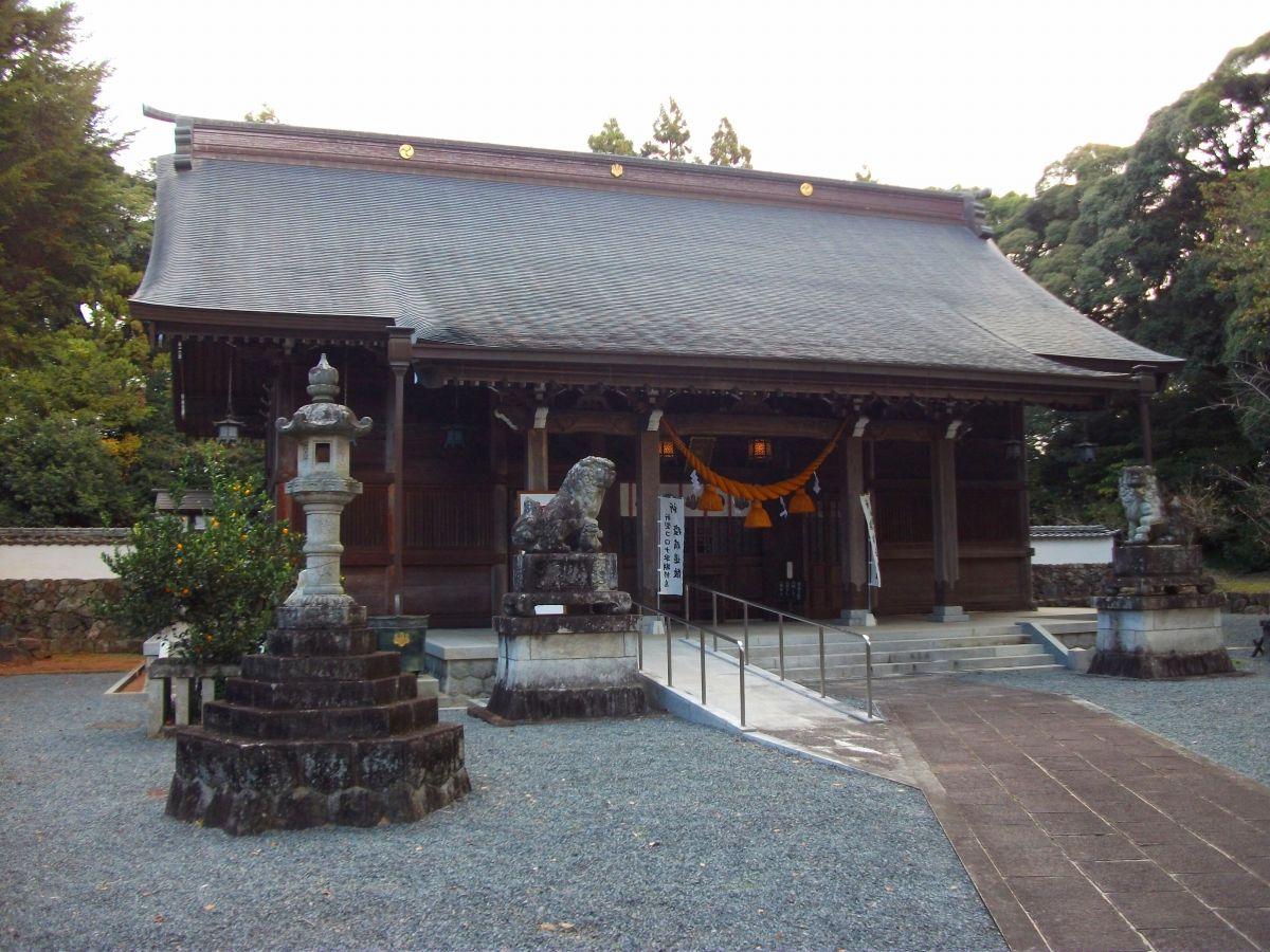 豊川八幡宮