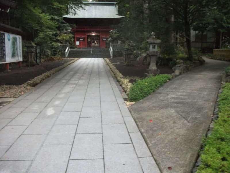 higashiguchihonguhujisengen_shrine_2.jpg