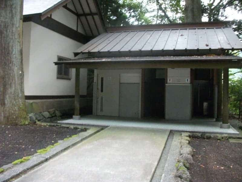 higashiguchihonguhujisengen_shrine_4.jpg