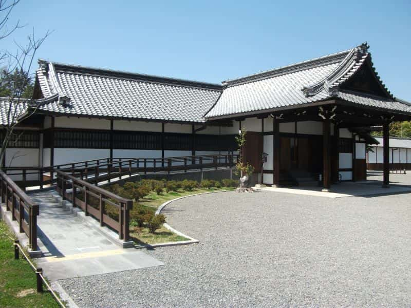 kyoto_imperial_palace_5.jpg