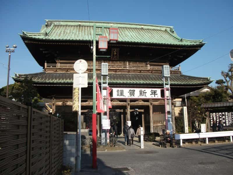 nakayamahokekyouji_temple_1.jpg