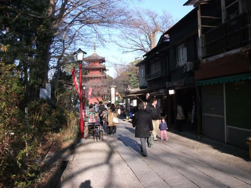 nakayamahokekyouji_temple_2.jpg