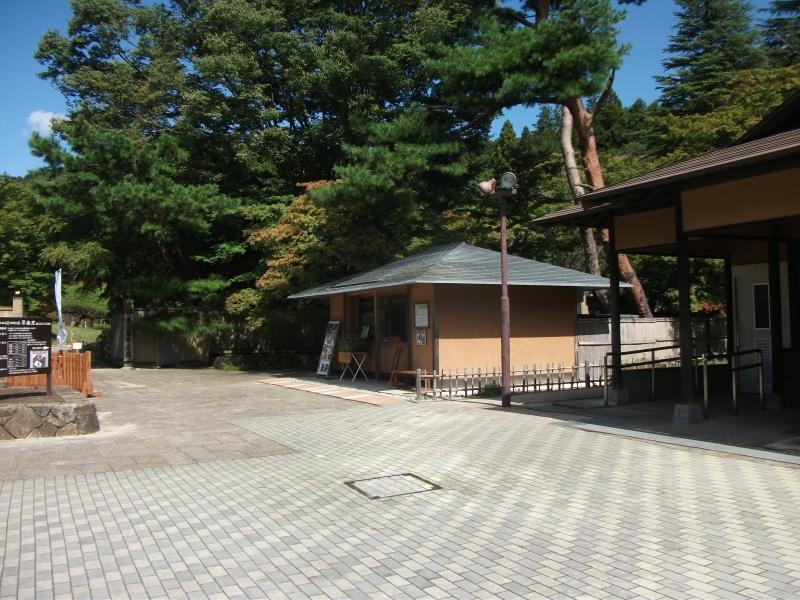 南湖神社_2.jpg