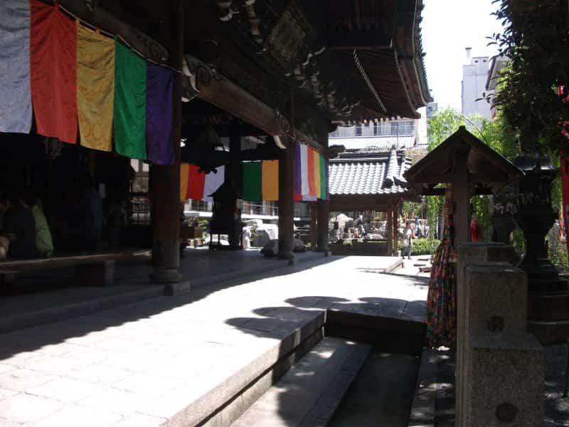 rokkakudo_temple_3.jpg