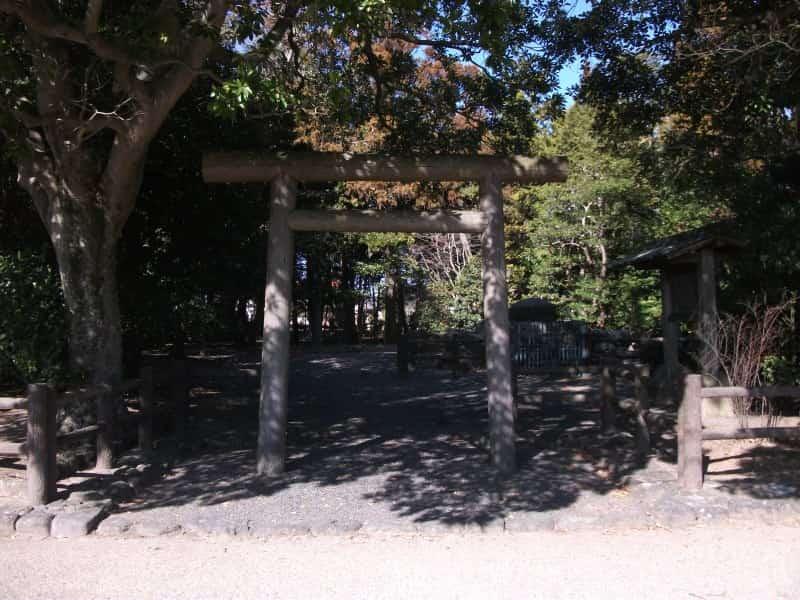 saiku_ruins_3.jpg