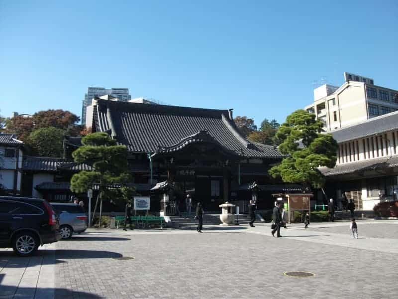 sengakuji_temple_4.jpg