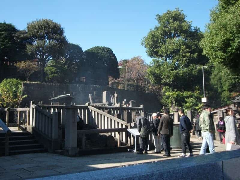 sengakuji_temple_8.jpg