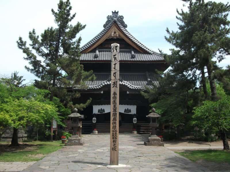shinanokokubunji_temple_3.jpg