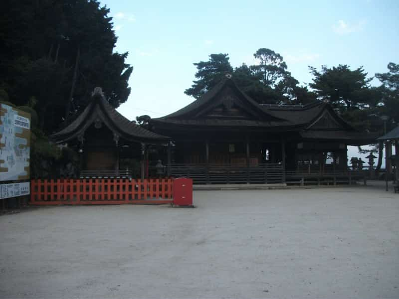shirahige_shrine_2.jpg
