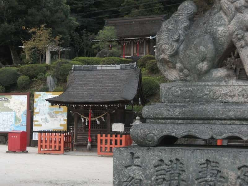 shirahige_shrine_5.jpg
