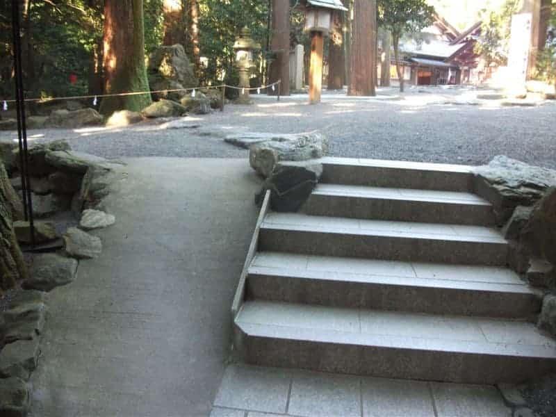 tsubaki_shrine_5.jpg