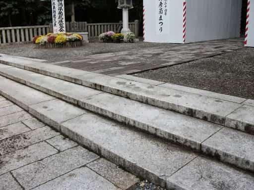 弥彦神社_2.jpg
