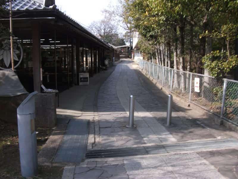 yashimaji_temple_7.jpg