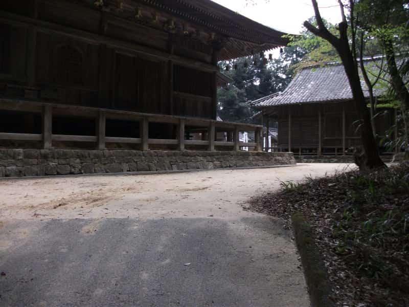 zaikaji_temple_9.jpg