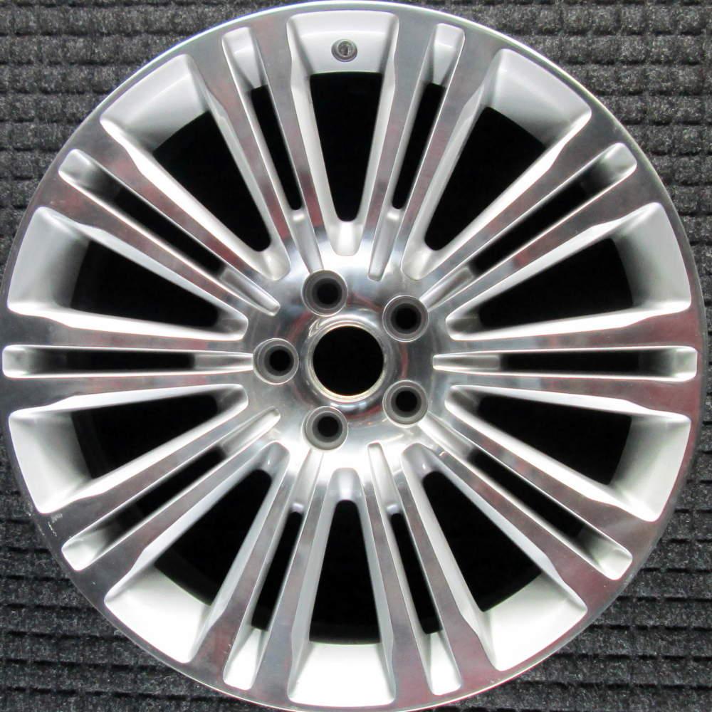 "Chrysler 300 20"" Polished W/ Silver Pockets OEM Wheel 2010"
