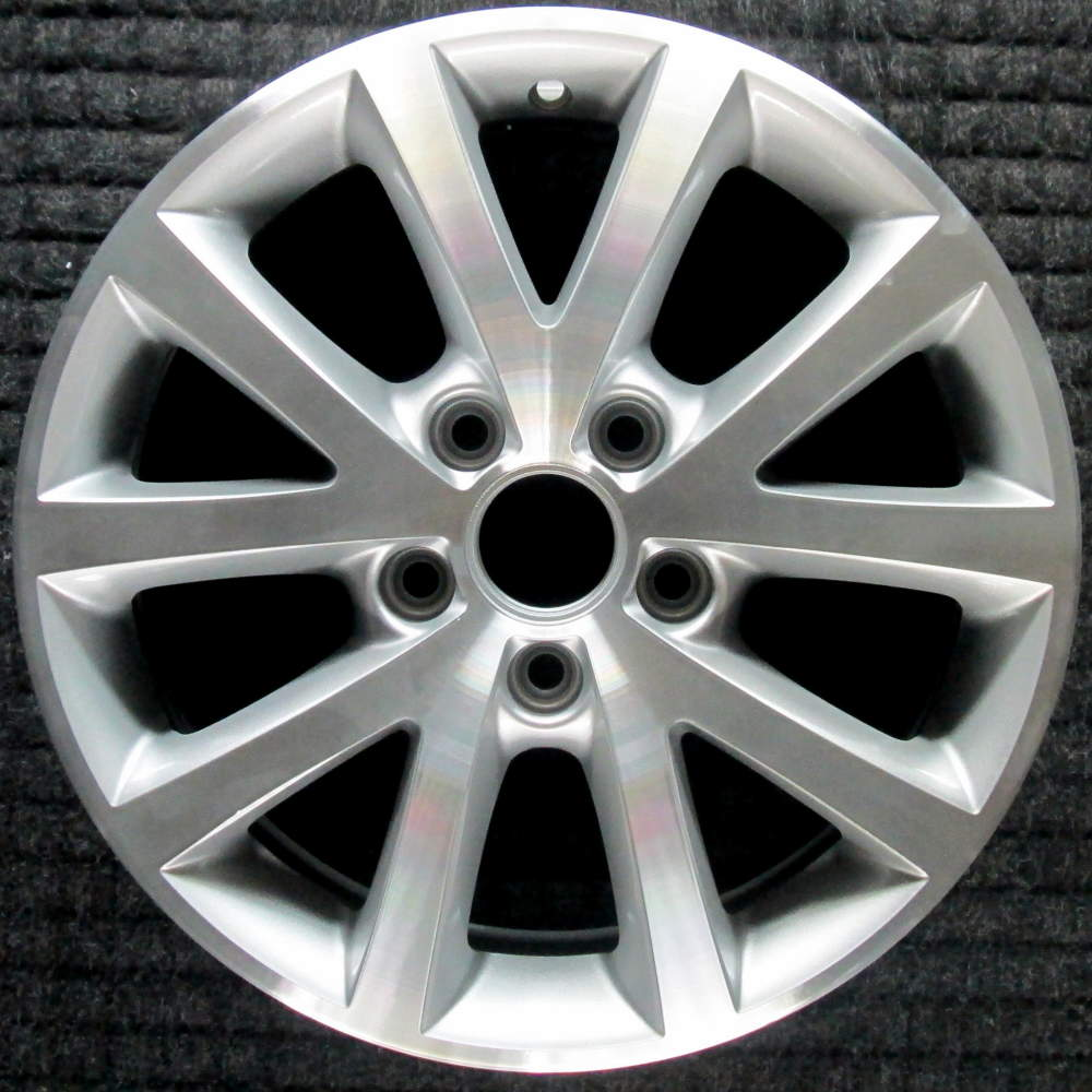 Volkswagen Jetta 16 Quot Machined Oem Wheel 2010 2016