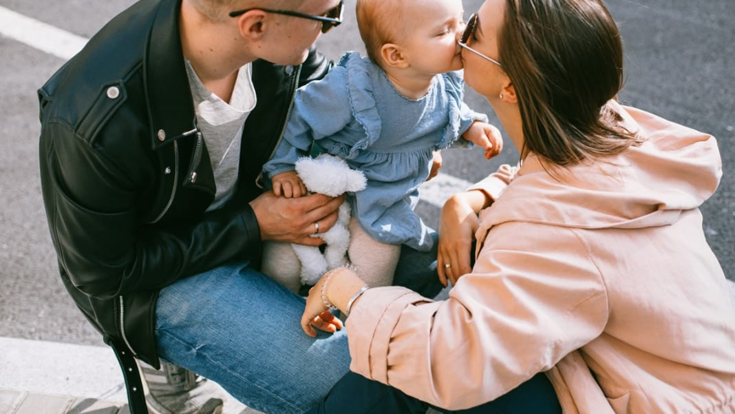 30 Best Parenting Quotes To Warm Your Day