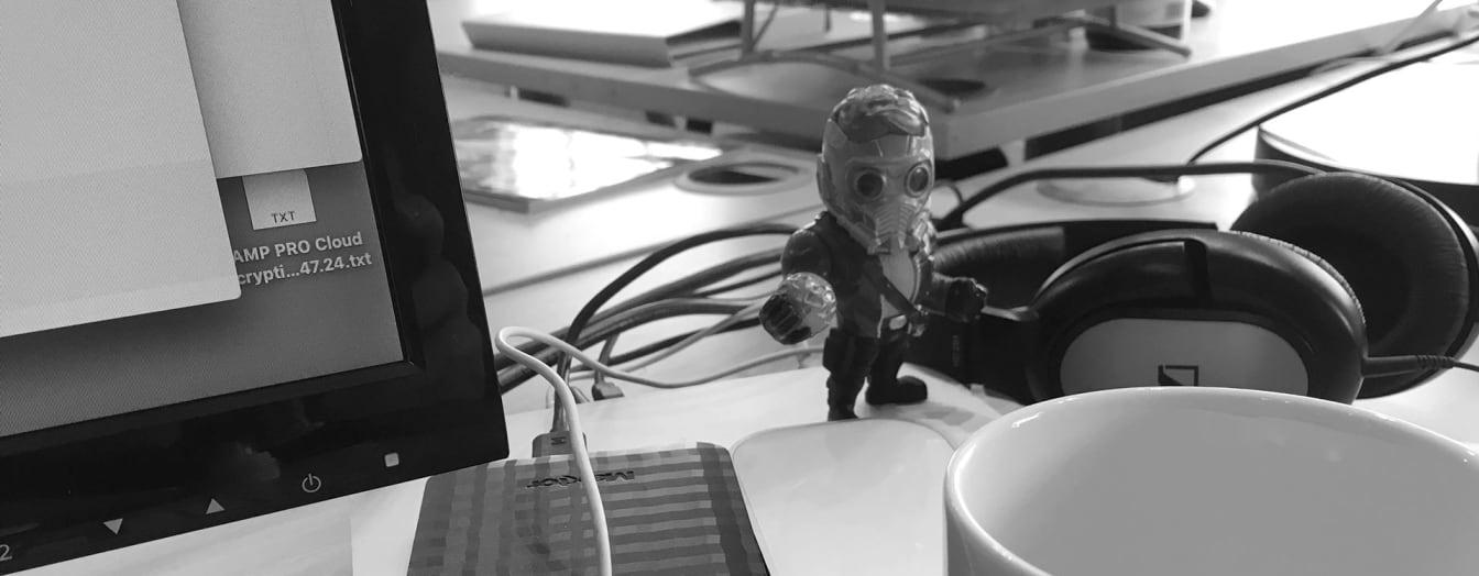 desk mess