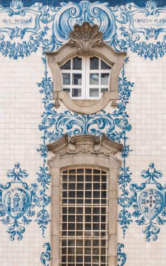 Typische Kachel-Fassade in Portugal