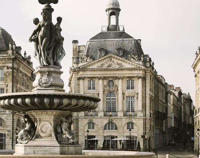 Bordeaux: Entdecken Sie berühmte Weine