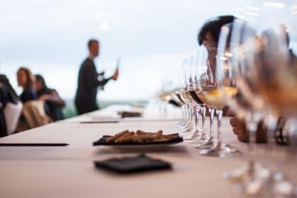 Verkostung von spanischem Wein, Jury, Guia Penin