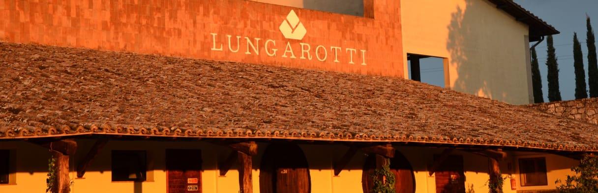 Lungarotti Weingut im Abendlicht