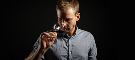 Wine in Black-Wein expert Henner