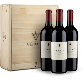 Vérité Winery '3 flessen Single Vineyard 2015' in houten wijnkistje