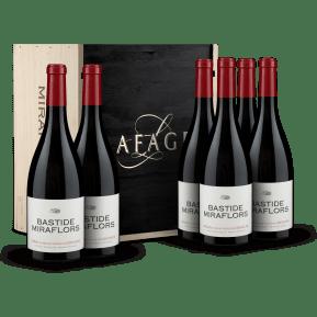 6 flessen Domaine Lafage Syrah-Grenache 'Bastide Miraflors' Côtes du Roussillon 2017 in houten wijnkistje