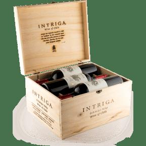 6 flessen Montgras Cabernet Sauvignon 'Intriga' 2017 in houten wijnkistje