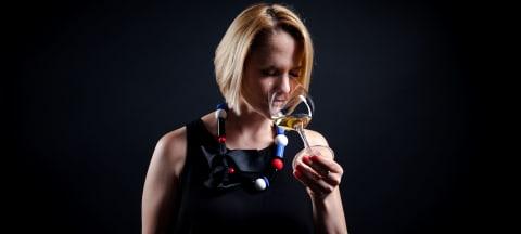 Wine in Black-Weinexpertin Katharina