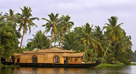 south india kerala waterways houseboat