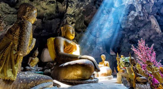 cave temple complex dambulla