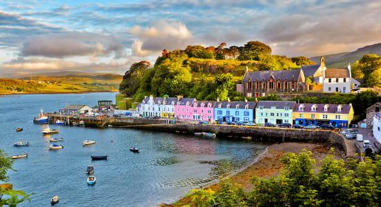 1 slide scotland portree isle of skye harbor beach colorful buildings pano