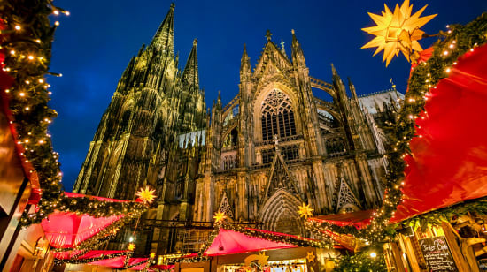 1 slide germany cologne christmas market cologne cathedral pano
