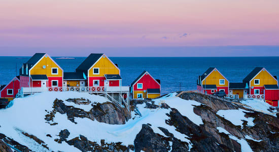 greenland houses snow horizon