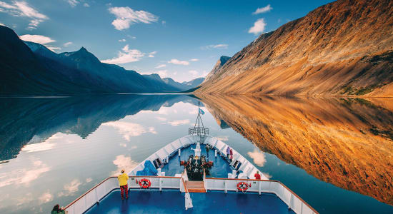 boat bow cruise canada