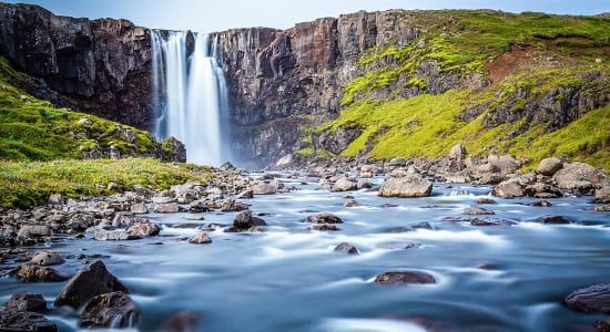 1 slide iceland waterfall pano