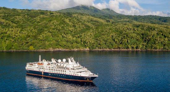 silverseas french polynesia island ship exterior