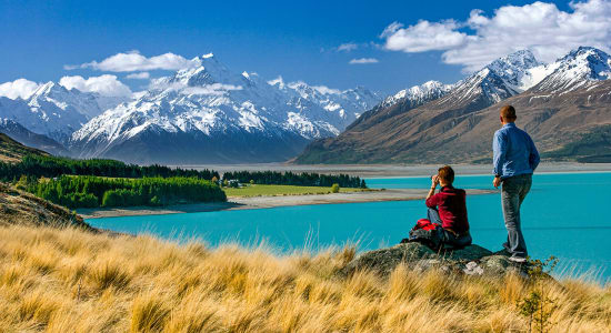 new zealand lake pukaki and mount cook